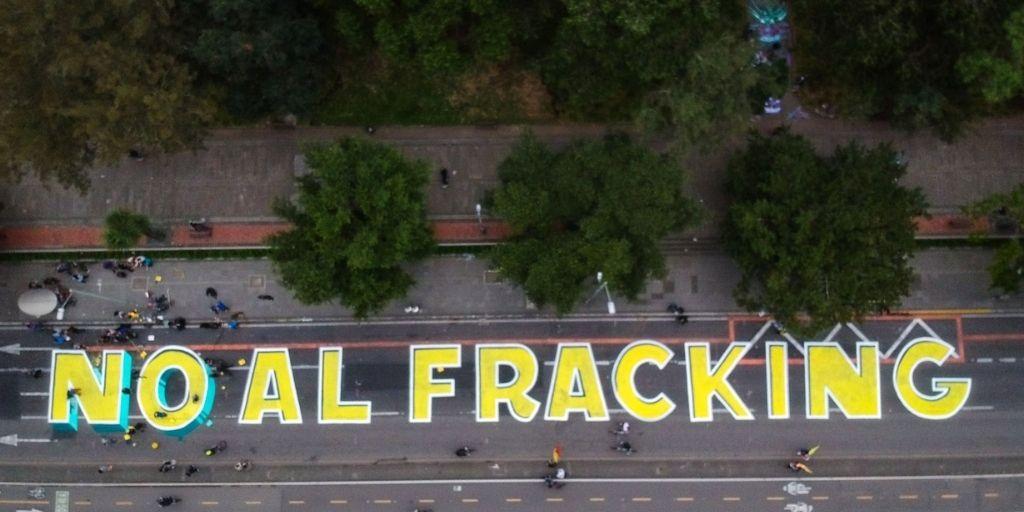 Una vez más la prohibición del fracking en Colombia se hunde.